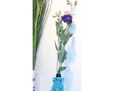 DIY Upcycling – Sektflasche als Vase für Blumen!