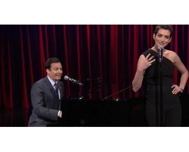 Hip Hop Songs im Musical Stil performt (Jimmy Fallon & Anne Hathaway)