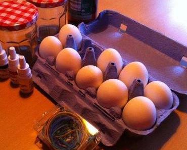 Last Minute Eierfärben mit flüssiger Lebensmittelfarbe