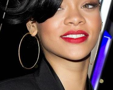 Rihanna wird wegen freizügigen Fotos von Instagram verwarnt