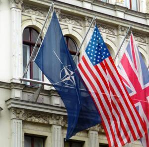 Deutschland und die NATO: Angriff statt Verteidigung