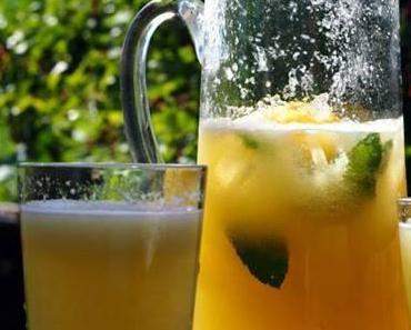 Limonade mit Melone und Minze