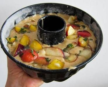 Pfirsich-Minze-Kuchen mit Paranüssen