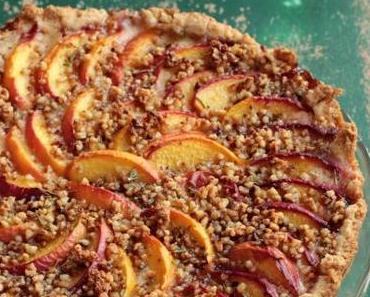 Pfirsich-Tarte mit Rosmarin-Mandel-Krokant oder Kuchenliebe auf den ersten Blick!