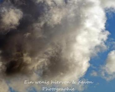 Our Beautiful World: Clouds & der Mond