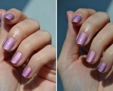 NfuOh Nr. 63 & holografic distressed nails
