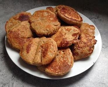 Die weltbesten veganen Pancakes aus Haferflocken und Datteln