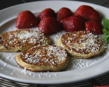 Süße Paleo Mini-Pancakes (glutenfrei) – und die Hosen kommen weiterhin ins Rutschen…