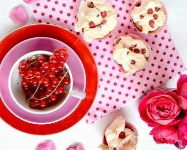 leckere sachen // johannisbeeren-baiser-cupcakes