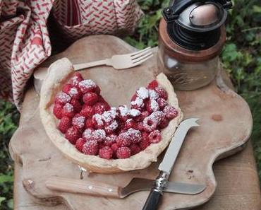 Blätterteig Tarte mit Balsamico-Essig und Himbeeren