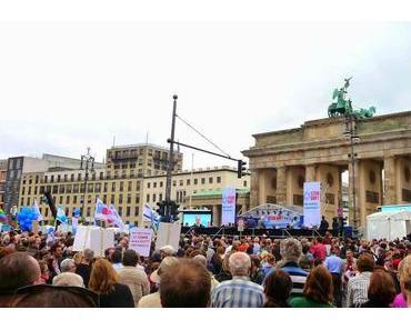 Erfreulich viele Teilnehmer auf Berliner Demo gegen Judenhass