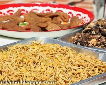 Köstliche Leckereien während des Phuket Vegetarian Festivals