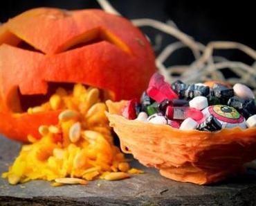 DIY-Idee: Kleine Halloween-Schalen aus Candy Melts