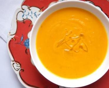 Hokkaido-Kürbis-Suppe mit Madeira und Trüffel-Öl