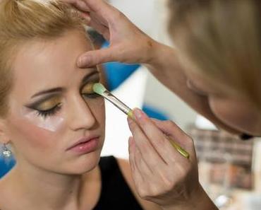 {Backstage} Make up Artist Ausbildung - F&Q