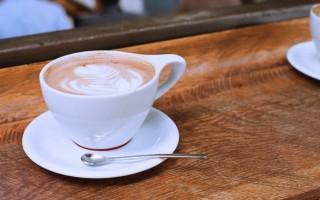 """Alternativen in den Kaffee mit Schuss – Es muss nicht immer """"Bulletproof"""" sein"""