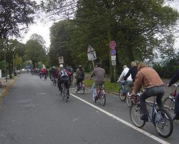 Freie Fahrt für Radfahrer an der Außenalster