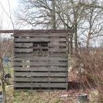 Rustikales Gartenhaus aus Paletten, Türen, Dielen – Teil 1