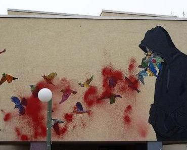 Street art in Berlin #33