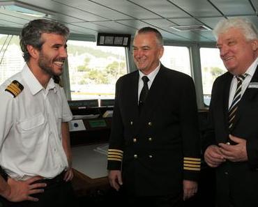 Dienstantritt von Hans Meiser im Hafen von Palma - Erster Arbeitstag als Kreuzfahrtdirektor an Bord von MS HAMBURG