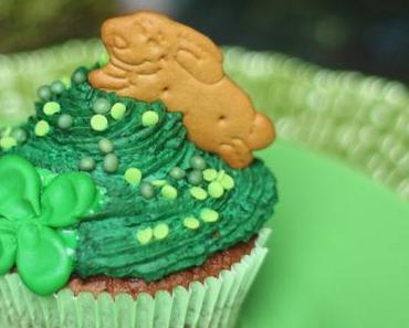 Heute sind wir alle Iren! Happy St. Paddy's Day! | Chocolate Guinness Cupcakes | #DegustaBox