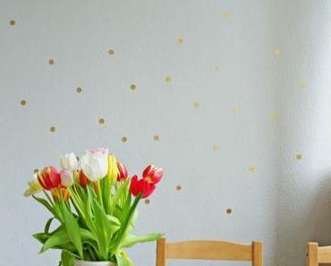 DIY Ostereier bemalen + Goldkonfetti