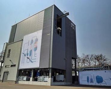 Blue Crude: sunfire Demonstrationsanlage in Dresden erzeugt ersten synthetischen Diesel-Kraftstoff