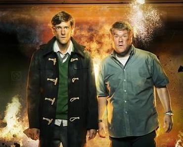 Zwei Taugenichtse im Kampf mit sich selbst, der Mafia und dem MI5 - The Wrong Mans Staffel 1 im Handel!