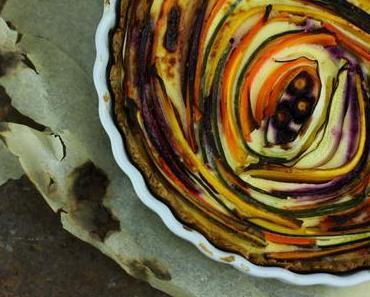 Delikater Farbstrudel: Die beste Gemüsequiche der Welt