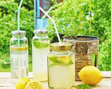 DIY + Zitronenlimonade und Wassereis mit Zitronenverbene
